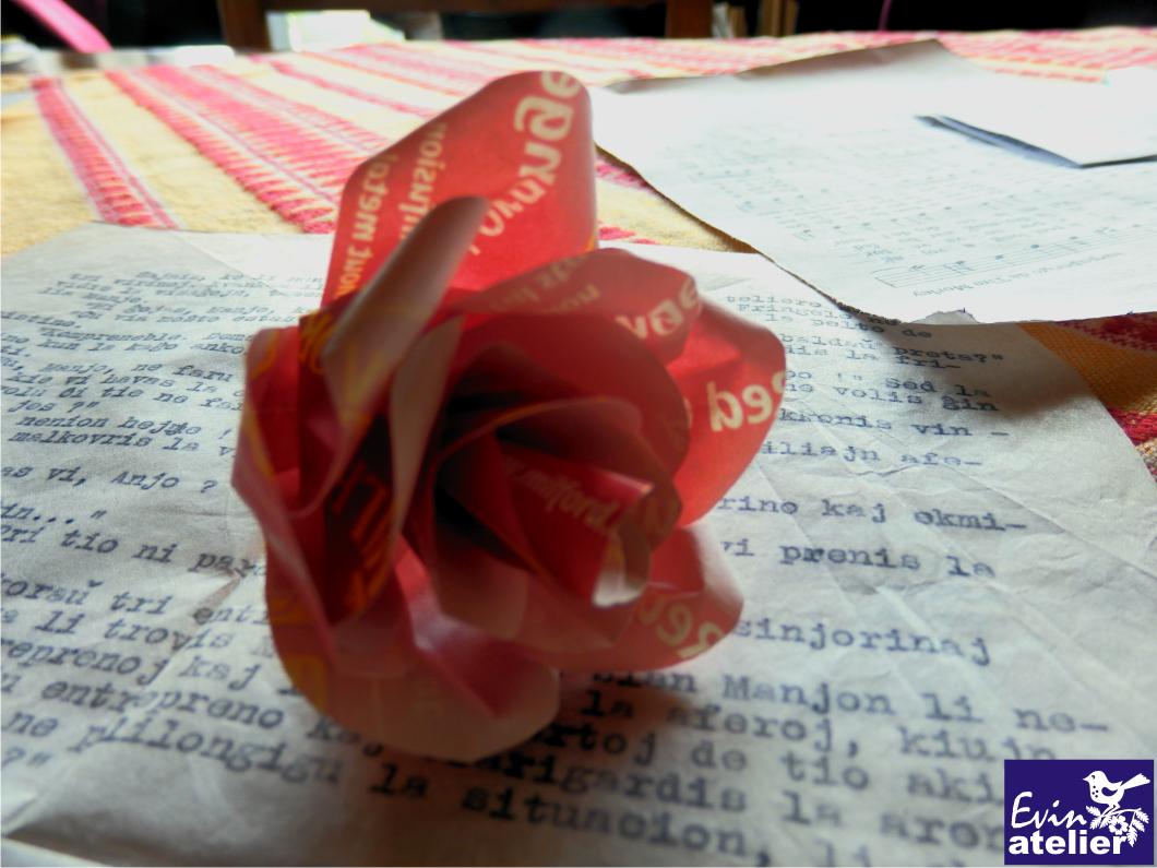 Růže z čajových sáčků pro Marie